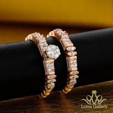 حلقه و پشت حلقه ازدواج