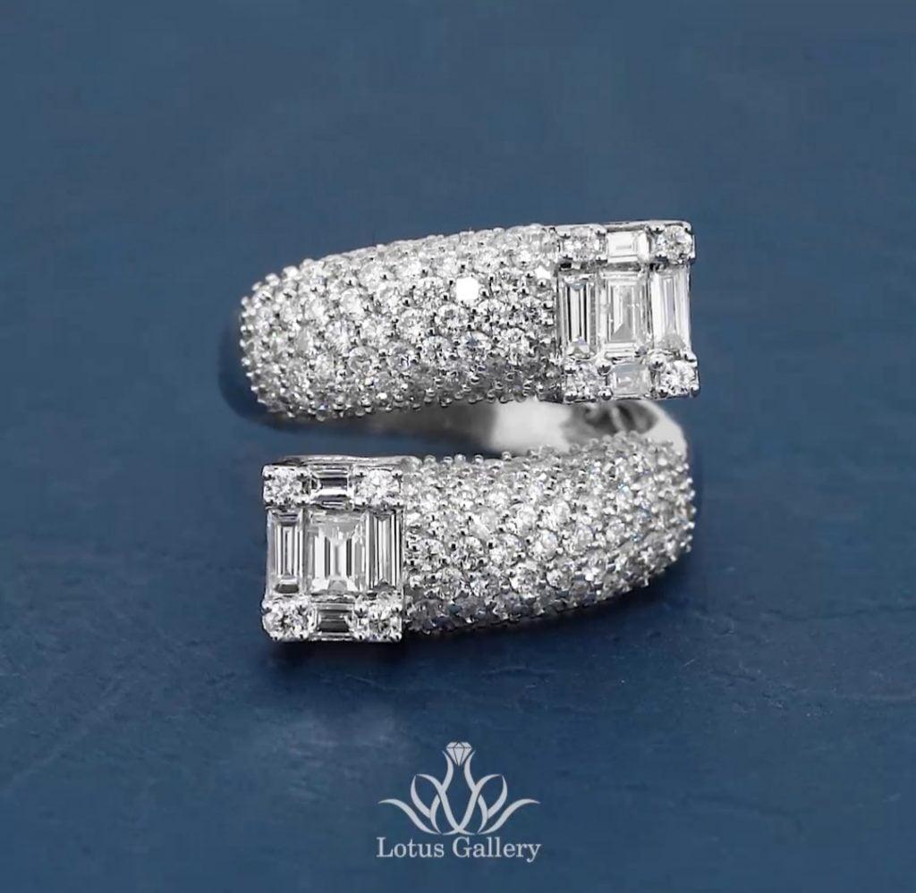انگشتر جواهر لوکس و زیبا
